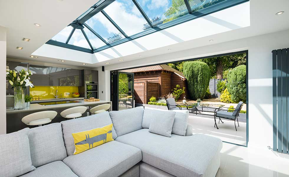 How to Create a Seamless Transition for Indoor-Outdoor Living